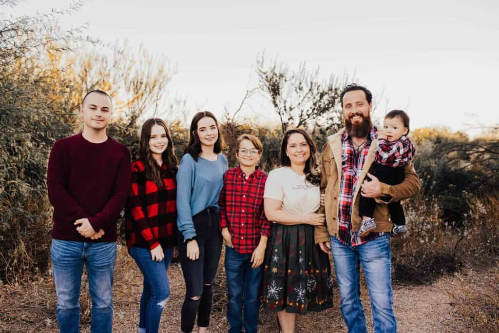 Jeff Durbin and his wife Candi with their 5 children.